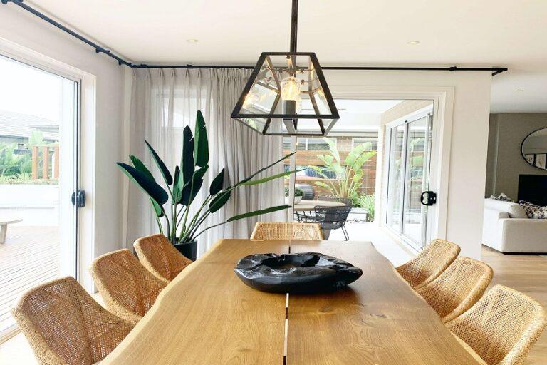 Modernizar un comedor con muebles clásicos