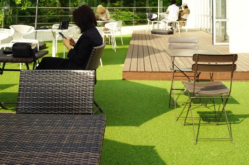 Lee más sobre el artículo Los muebles de rattan para el jardín
